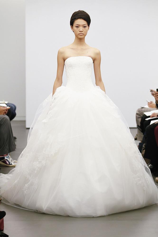 BRIDAL FASHION: Vera Wang brings \'Princess\' dress back - The Secret ...