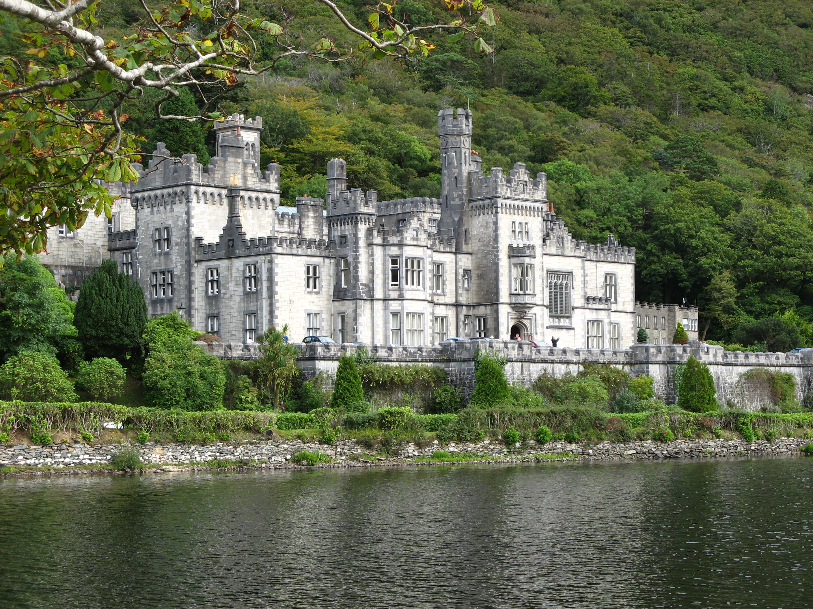 Kylemore_Abbey2007